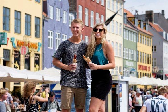 Ein Hot Dog gehört zu Dänemark wie Leberkäse zu Bayern ;-)