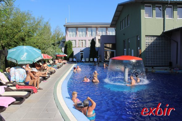 Das Perla Bad in Baile 1. Mai ist eine Alternative  zu Baile Felix.  Foto: Christian Maskos