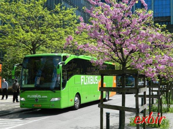Ein Fernbus von Flixbus