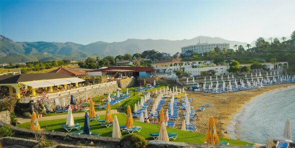 Riverside Garden Resort, Alsancak