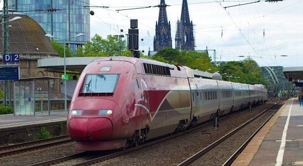 Ein Zug von Thalys in Köln