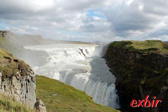 Der berühmte und beeindruckende Gulfoss Wasserfall.  Foto: Christian Maskos