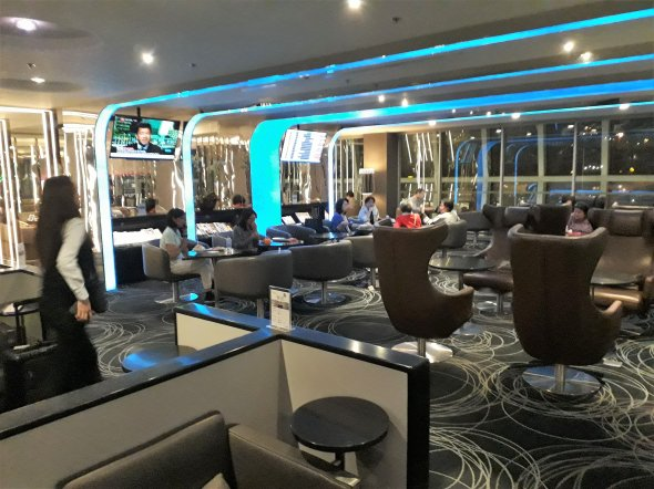 Besuch in der EVA Air Lounge in Bangkok