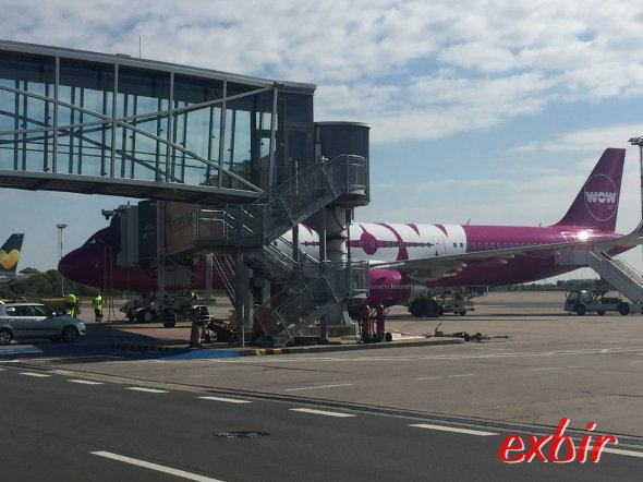 WOW Air in Berlin. Foto: Martin Maeusezahl