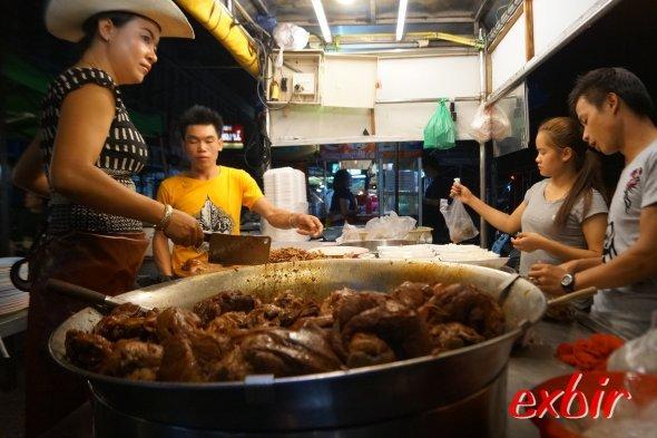 Der Nachtmarkt von Chiang Mai.  Foto: Christian Maskos