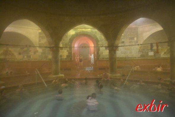 Erinnerung an einen Badenachmittag im Rudas-bad.  Foto: Christian Maskos