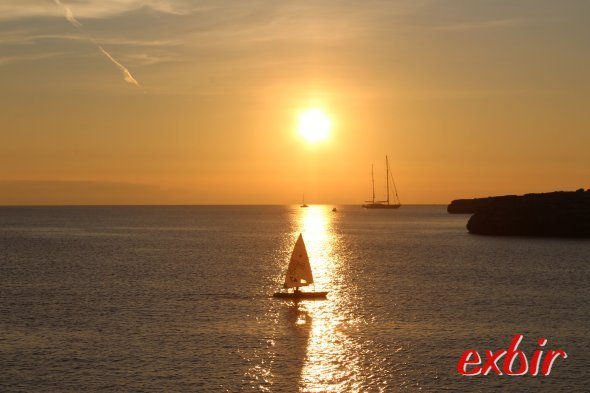 Sonnenuntergang auf Menorca.  Foto: Christian Maskos