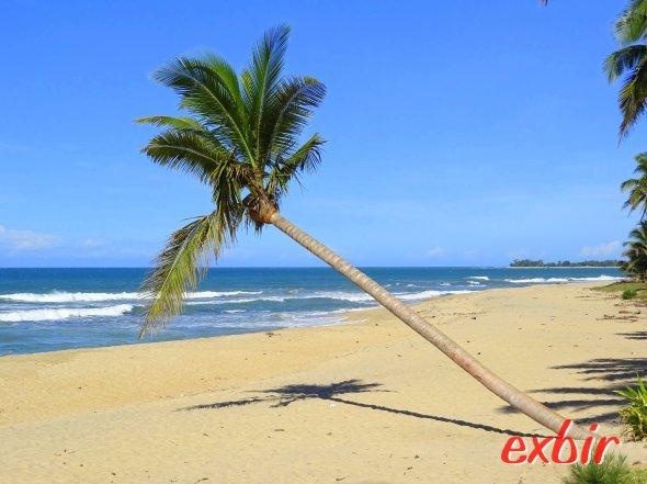 Strand auf Madagaskar in Sambava.