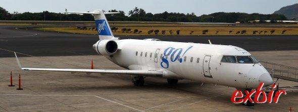Go Air bedient mit einem LCC-Konzept mit CRJ  Strecken zwischen den Haiwainischen Inseln.  Foto: Christian Maskos