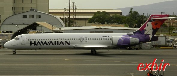 Günstige Inselhüpfer auf Hawaii mit Hawaiin Airlines und der Boeing 717-200.  Foto: Christian Maskos