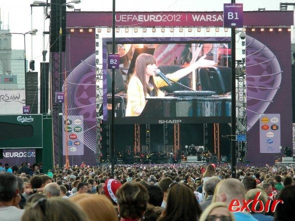 Konzert bei der Eröffnungsfeier der Fanzone vor dem ersten Spieltag. Foto: Christian Maskos