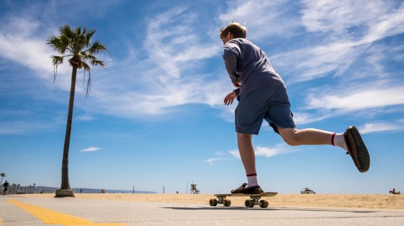 Skater in Venice Beach - Los Angeles, United States - Color street photography