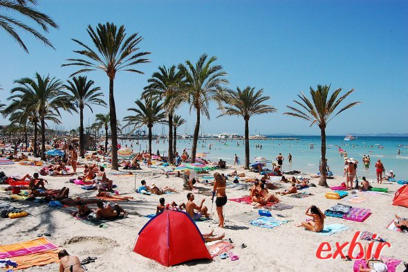 Palma de Mallorca - der Strand von Areneal.  Foto: Christian Maskos