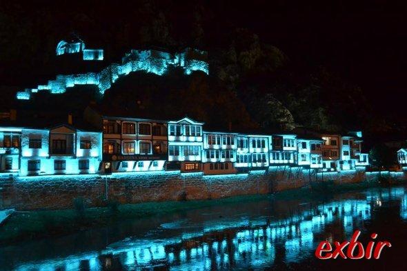 Malerisch schön: Amasya bei Nacht.  Foto: Christian Maskos