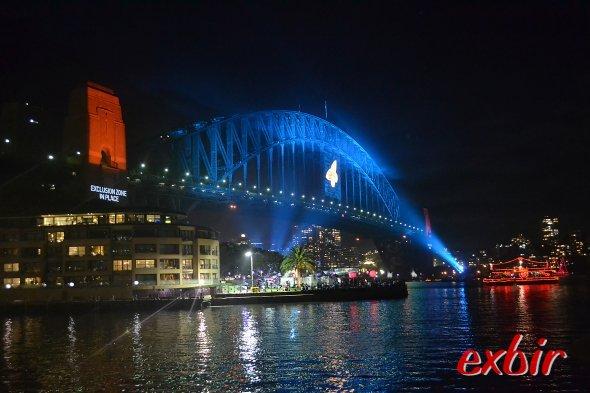 Beleuchtete HarbourBridge nach dem Feuerwerk.  Foto: Christian Maskos