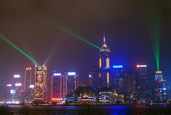 Nächtliche Lasershow  in Hong Kong von Kowloon fotografiert,Kong Hong