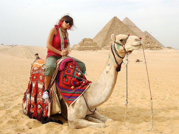 Keine Pyramiden ohne Visum: Rechtzeitig vor dem Urlaub auf https://visumantrag.de prüfen.  Foto: Christian Maskos