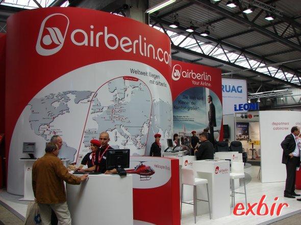 Auch die zweitgrößte Deutsche Fluglinie Air Berlin ist auf ITB mit einem Stand vertreten - das Foto entstand allerdings auf der ILA. Foto: Christian Maskos