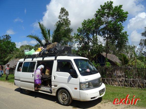 Buschtaxi auf Madagaskar.