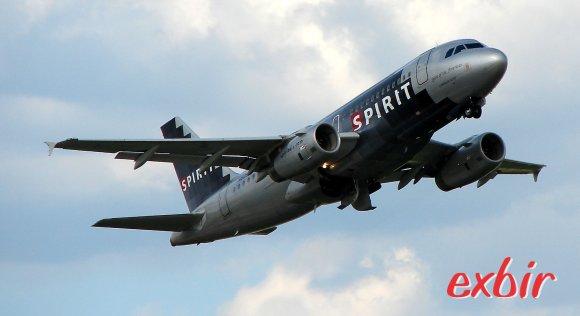Mit dem Billigflieger um die Welt:  Spirit Airlines ist der günstigste Anbieter für Billigflüge in den USA und der Karibik und Südamerika.  Foto: Christian Maskos
