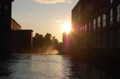 Sonnenuntergang an den restaurierten Industriebauten in Tampere.  Foto: Christian Maskos