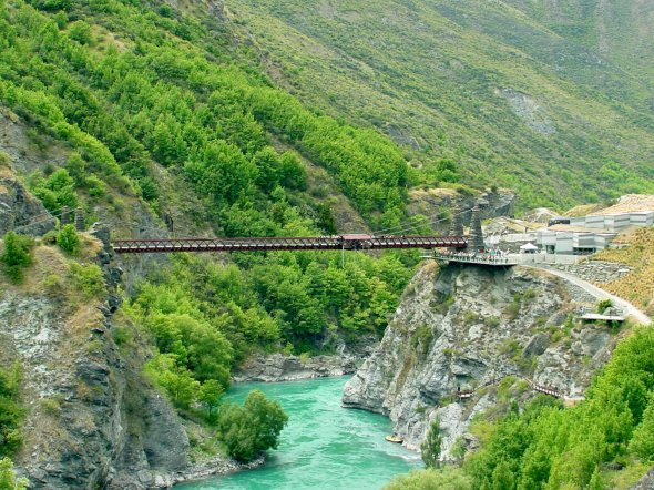 Kawarau Bridge Bungee - Near Queenstown  The birthplace of bungee jumping, Neuseeland