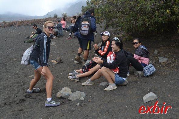 Pause bei der Vulkanwanderung auf Maui. Foto: Christian Maskos