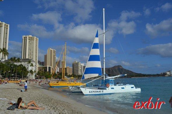Am Strand von Waikiki.  Foto: Christian Maskos