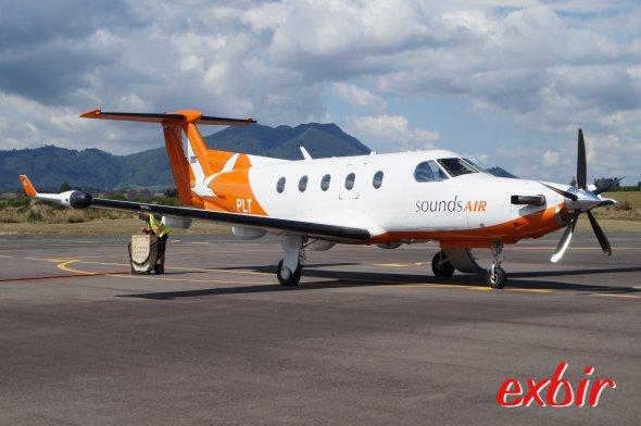 Eine Sounds Air Pilatus PC 12 auf dem Flughafen von Taupo.  Foto: Christian Maskos