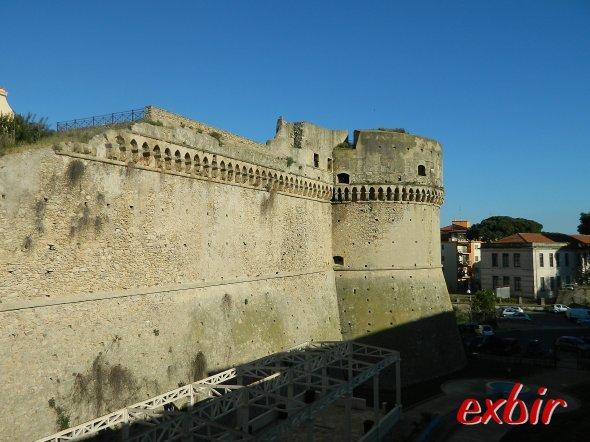 Das alte Burg von Crotone im Herzen der Altstadt.  Foto: Christian Maskos