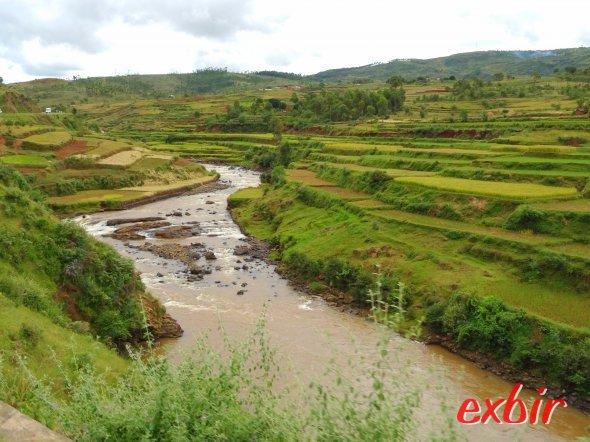 Landschaft zwischen Antananarivo und Antsirabe.