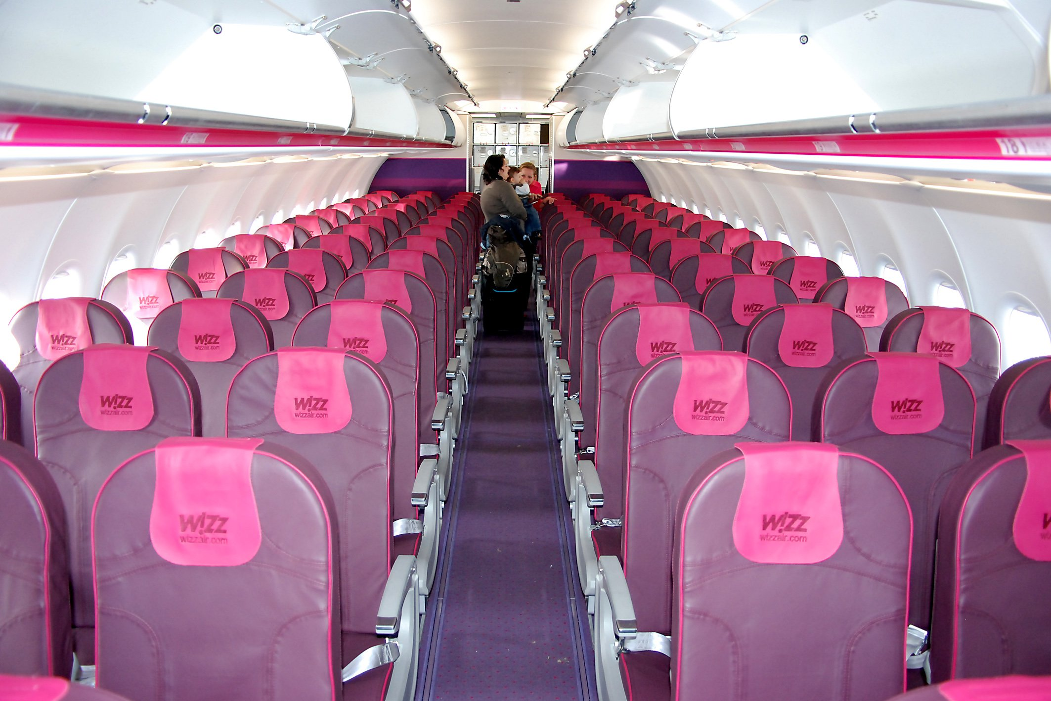 Wizzair Kabine. Foto: Exbir Travel, C. Maskos