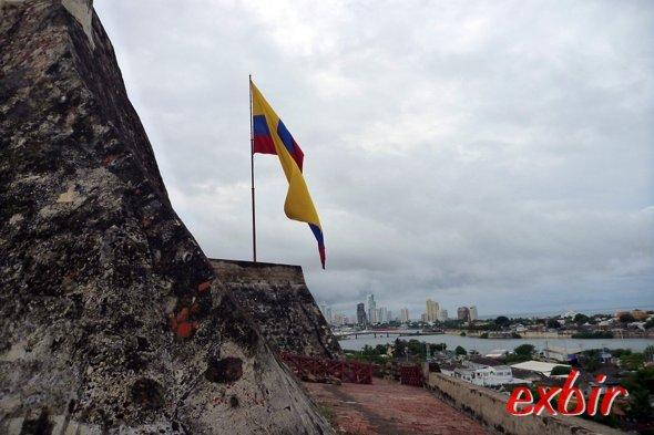 Kolumbien ist auch mit dem Flieger gut zu erkunden.  Foto: FlyMartin