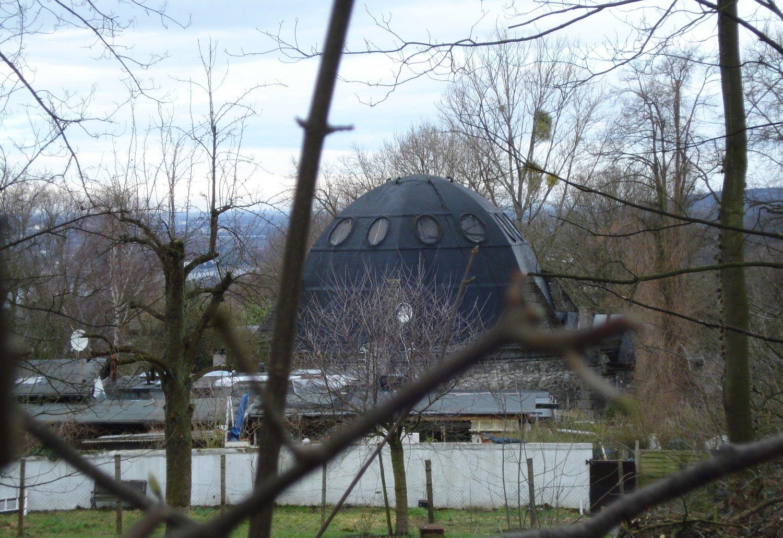 Nibelungenhalle, Blick auf die Kuppel beim Abstieg.