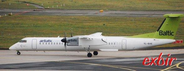 Eine Dash 8-Q400 von Air Baltic in Frankfurt/Main - oft nicht die günstigste Wahl für Flüge nach Finnland. Foto: Christian Maskos.