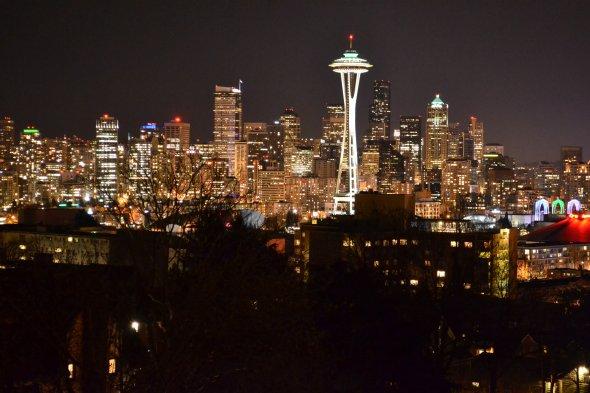 Schlaflos in Seattle: Bei dieser Aussicht auf die Skyline inklusive des Towers fällt es schwer einzuschlafen.