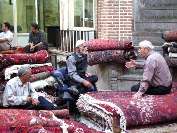 Carpet bazar, Tehran, Iran, Urheber: Fulvio Spada, Lizenz: creative commons by-sa/2.0./
