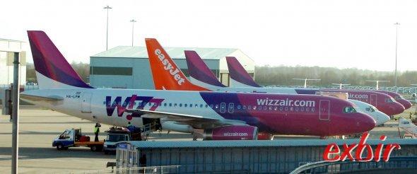 Auch mit Wizzair kann man günstig nach Istanbul oder Dubai fliegen als erste Stationen einer unvergessenen Weltreise nur mit Billigfliegern.  Foto: Christian Maskos