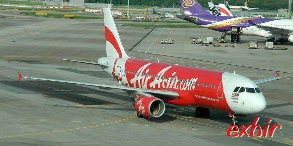 Ein  Airbus A 320 von Air Asia.  Foto: Christian Maskos