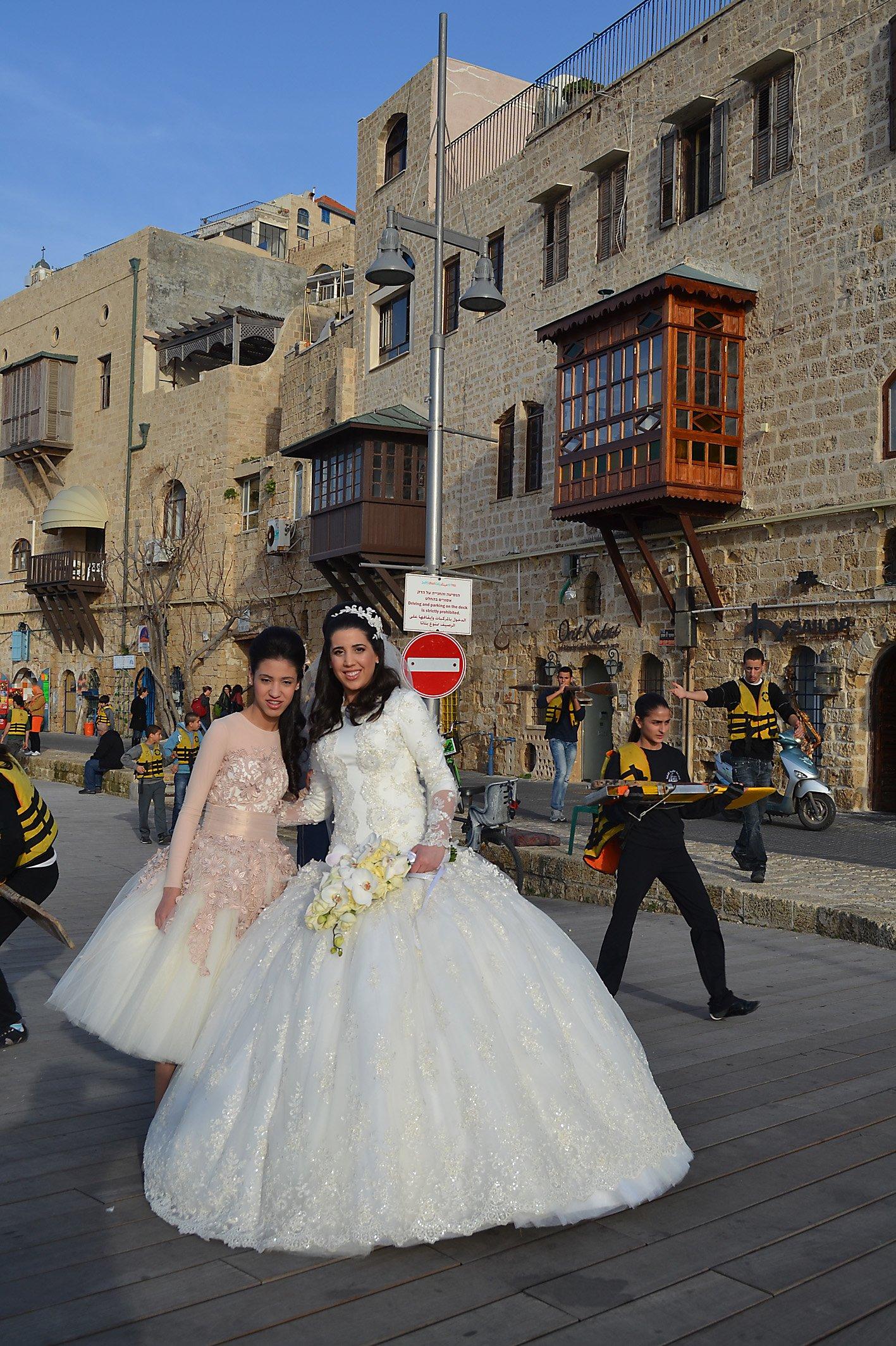 Hochzeitspaar in Old Jaffa. Foto: Exbir Travel, C. Maskos