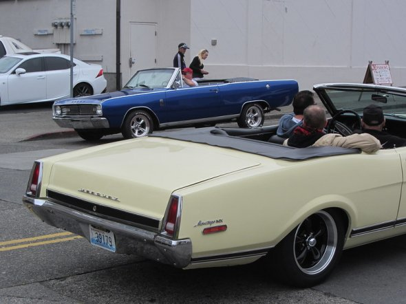 Cruise on Colby  Everett, Washington   What a great show!   1967 Dodge Dart and 1968 Mercury Montego MX