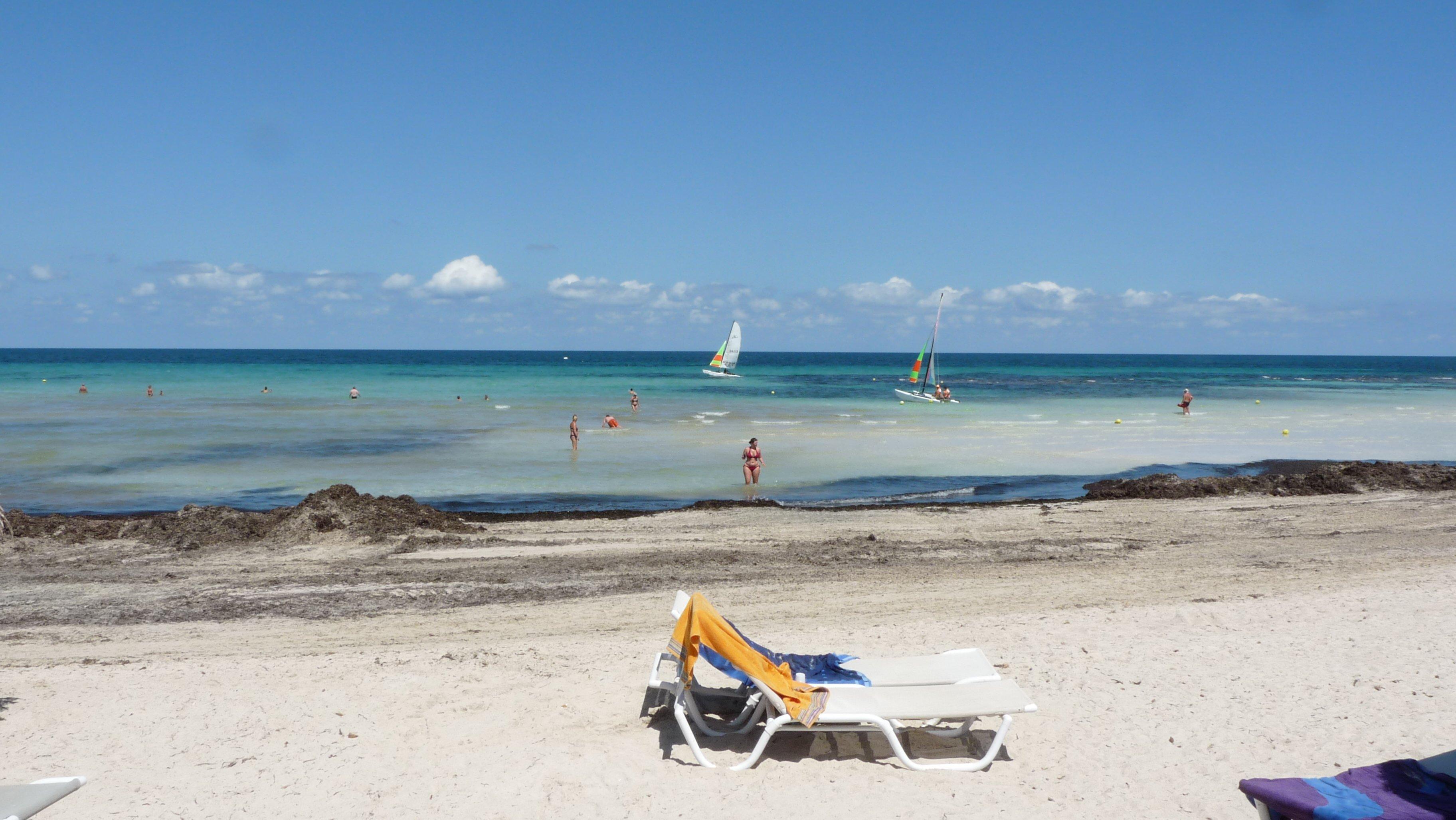 Strandleben auf Djerba. Urheber: Phil_Heck, Lizenz: creative commons (Namensnennung)