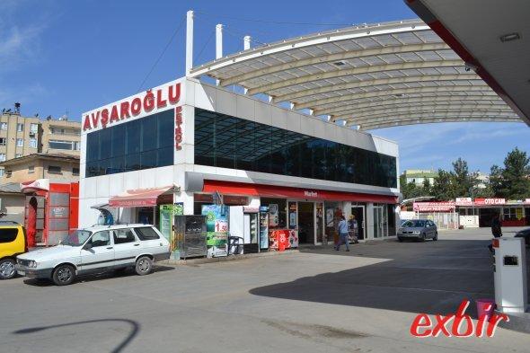 An dieser Tankstelle im Zentrum von Sanliurfa fährt der Havas-Bus von und zum Flughafen ab.  Der Shuttlebus zum Airport verkehrt zu jeden Abflug.  Foto: Christian Maskos