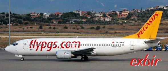 Pegasus Airlines bietet jetzt auch an die Flugzeiten angepasste Shuttlebusse an ausgewählten Flughäfen an.  Foto: Christian Maskos