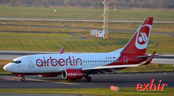 Air Berlin führt Festnetznummern beim Callcenter und dem Vielfliegerprogramm ein.  Foto: Christian Maskos