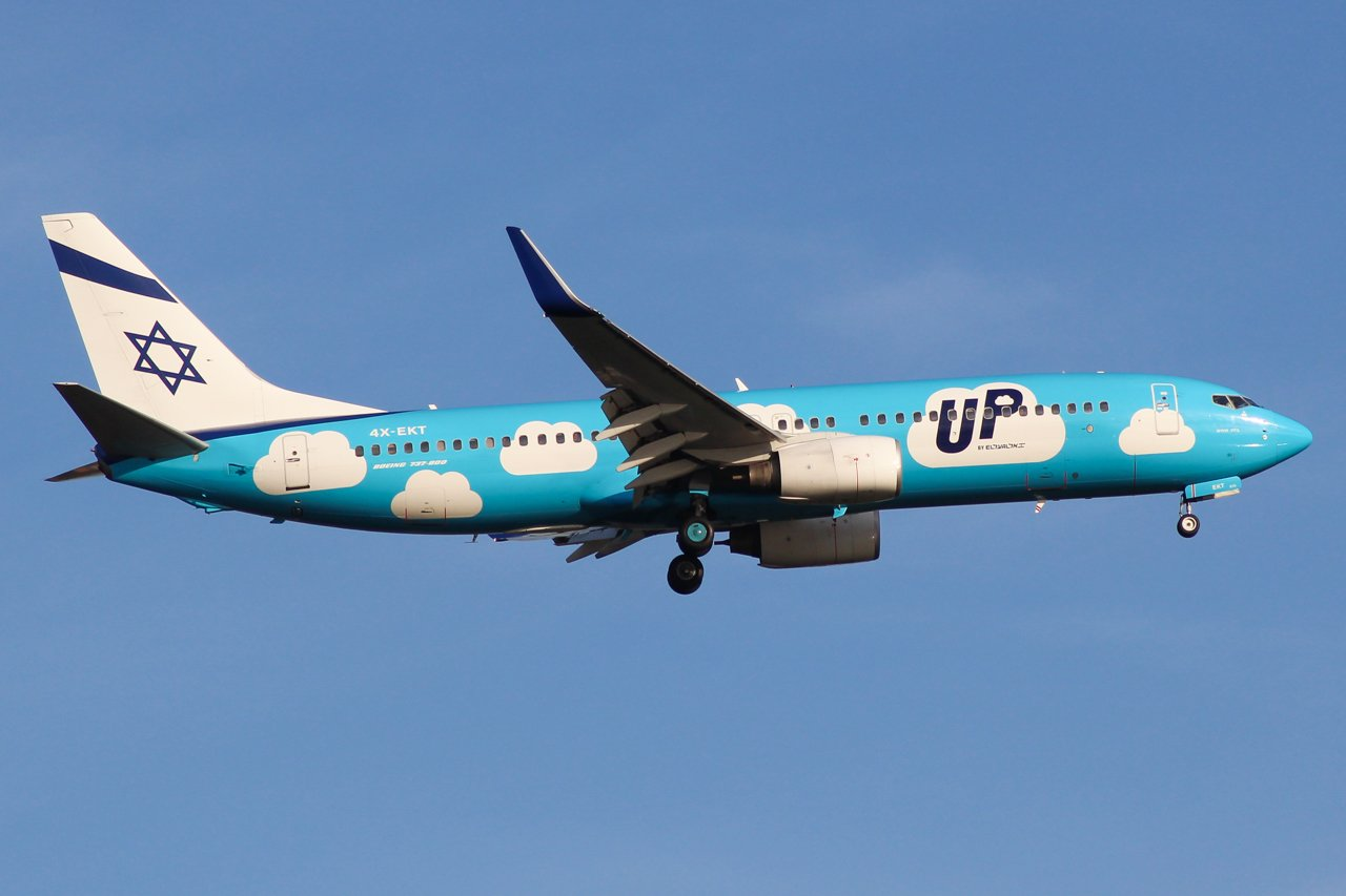 Eine Boeing 737-800 der israelischen UP