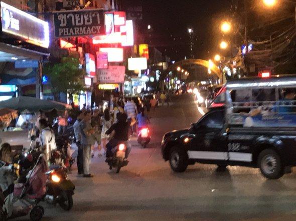 Loi Krathong / Lichterfest an der Beach Road in Jomtien /Pattaya