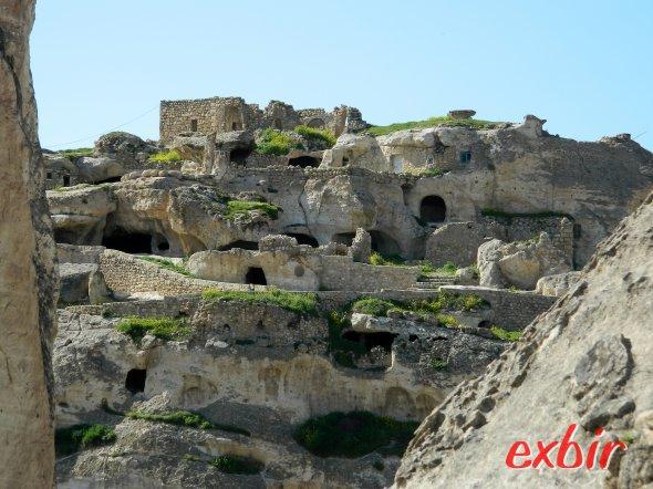 Höhlenwohnungen in Hasankeyf - frei und ohne Eintritt zugänglich.  Foto: Christian Maskos