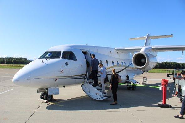 Einstieg in die Dornier 328Jet